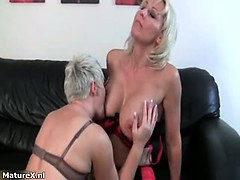horny-blonde-mature-housewife-part4