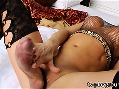tbabe-camille-andrade-wanks-her-big-cock