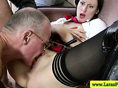 Hot mature in mmf threeway