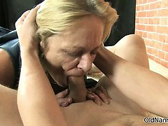 dirty-mature-whore-gets-horny-sucking-part3