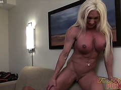 ashlee-chambers-more-clit-sucking
