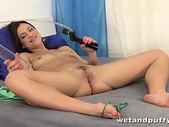 alyssa-reece-anal-toy-fun