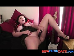 Bbw Amateur Fatty Masturbates With Toy