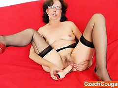 tease-and-cougar-solo-with-a-gorgeous-mature