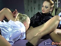 lesbian-domina-gets-oral-from-babes