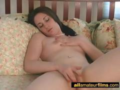 she-can-not-stop-masturbating