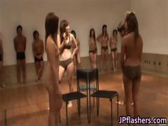 super-hot-japanese-girls-flashing-part4