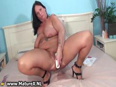 busty-mom-gets-her-pussy-wrecked-part2