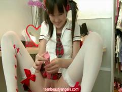 incredibly-cute-asian-teen-with-her-dildo