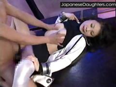 japanese-daughter-first-gape