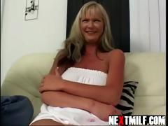 blond-amamteur-cougar-gets-fucked