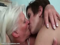 young-lesbian-chick-is-doing-a-great-part4