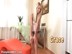 very-hot-blond-babe-with-cute-face-part5
