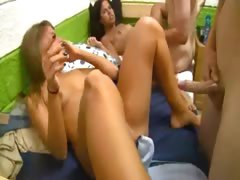 girls-from-college-penetrate-with-boys